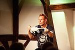 Comedian mit Verzauberungsgarantie